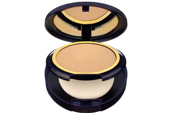 Invisible Powder Makeup from Estée Lauder.
