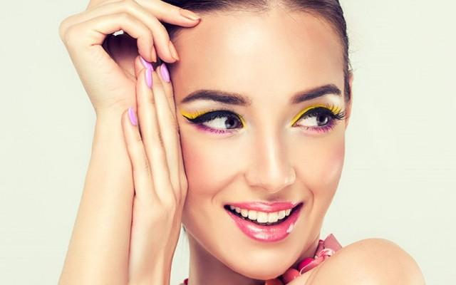 How to make make-up last longer on oily skin?