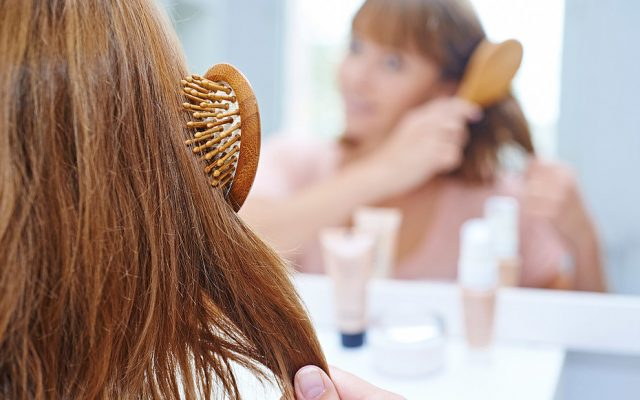 How to Reduce Hair Static?