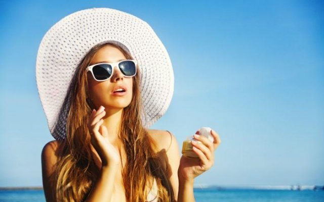 4 Suntan-Friendly Products. How to Enjoy a Long-Lasting Tan?