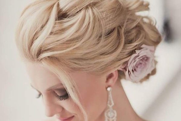 Most beautiful hairdos to wear on your wedding day