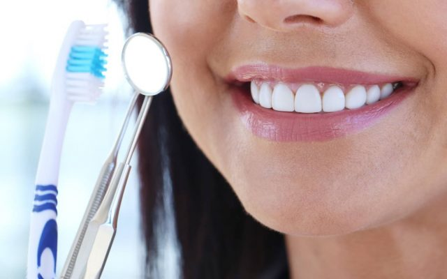 Grin from ear to ear. How to take care of teeth?
