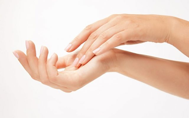 Peeling cuticles – how to get rid of them?