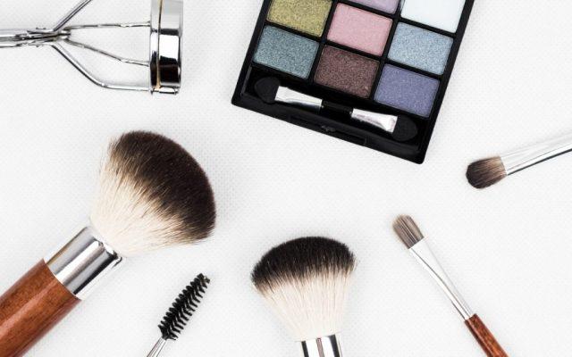 How to apply mascara? Useful tips & tricks
