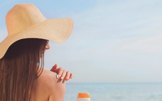 How to tame the sun? Antioxidants and UV filters in beauty products